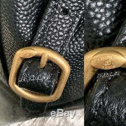 Caviar Chanel Noir Sac À Dos Parisien Voyage Grainé Veau D'or Calfskin 20s Tn-o